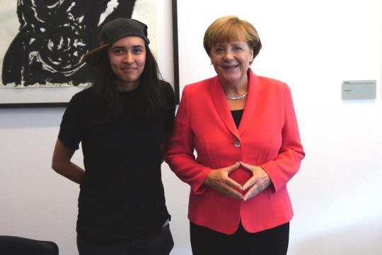 SRzG-Botschafterin Diana Kinnert auf Einladung von Angela Merkel im Kanzleramt, 2015